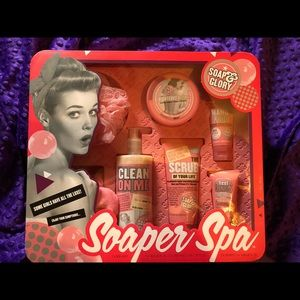 Soaps & Glory spa set